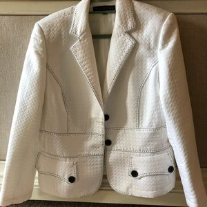 Nipon Boutique Blazer White Size 16 EUC